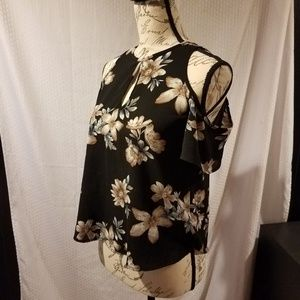 one clothing Tops - Black floral cold shoulder top